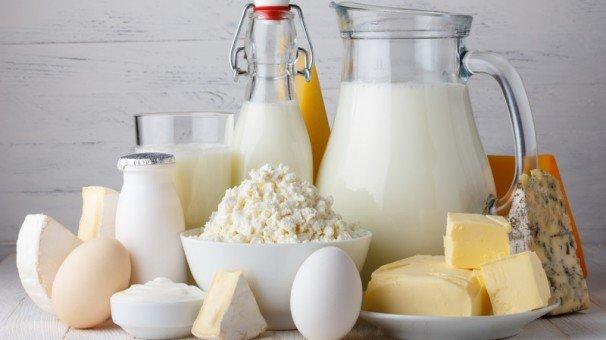 """""""Salute, alimentazione e bellezza"""": a Eboli, esperti a confronto sulle virtù terapeutiche e le controindicazioni del latte e suoi derivati"""