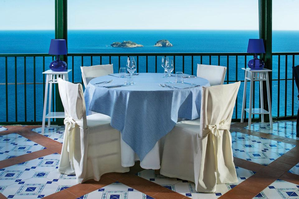 A tavola con Totò al ristorante Il Silenzio Cantatore