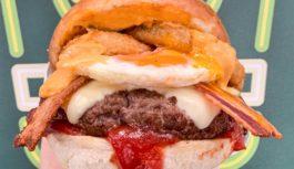 Caleidoscopio di sapori nel panino di Pop Burger. Paninoteca di qualità