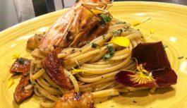 Don Peppe: soste gourmet con pizze e piatti della napoletanità
