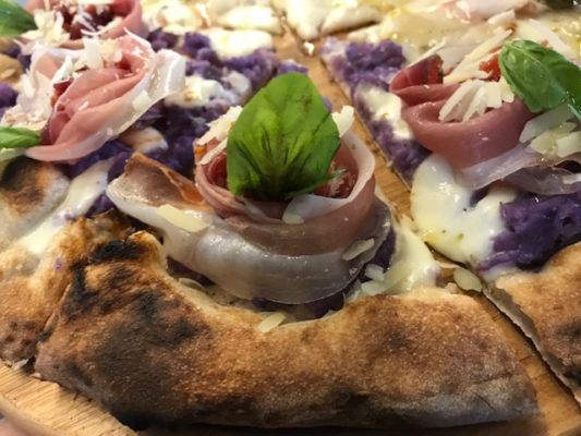 Pizzeria-Daniele-Pizza-Violetta-