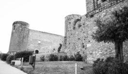 Cenando sotto un cielo diverso al Castello di Lettere